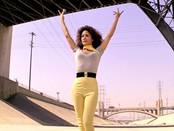 Annette Charles interpreta Cha Cha Di Gregorio
