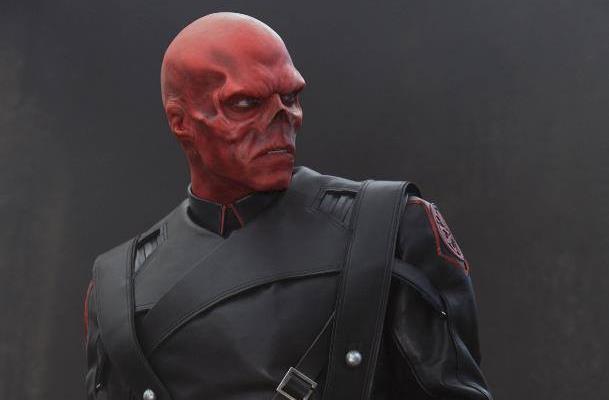 Hugo Weaving nei panni di Teschio Rosso in  Captain America - Il primo Vendicatore
