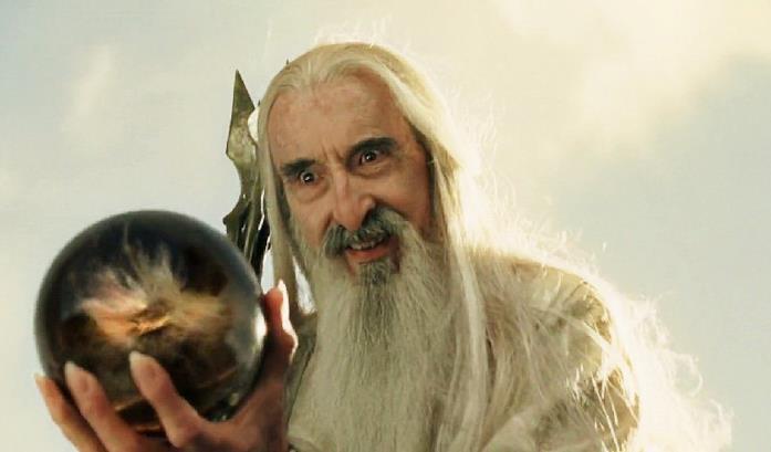 Christopher Lee nei panni di Saruman