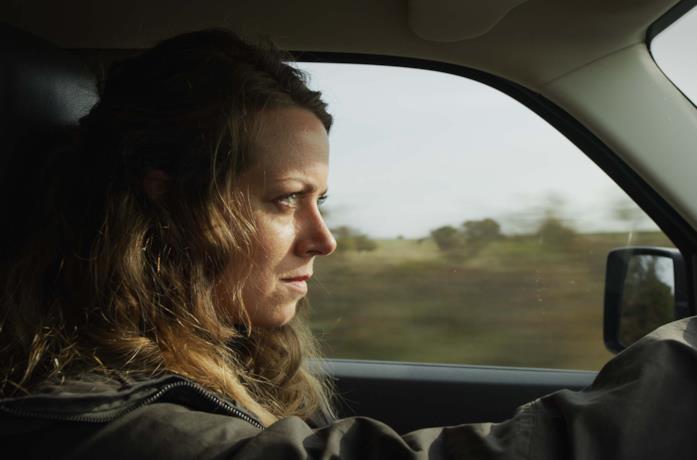 Alice Dwyer è Helena Jung in Isola Nera