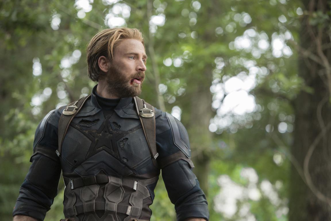 Un'immagine con Chris Evans nei panni di Captain America