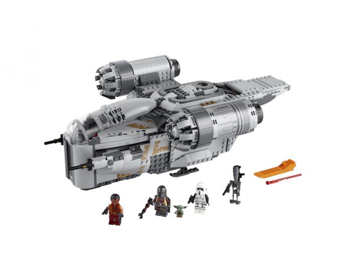 Il Razor Crest LEGO con i personaggi della serie The Mandalorian
