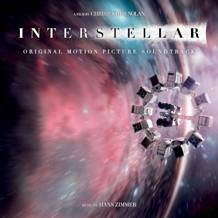 La copertina del CD della colonna sonora del film Interstellar