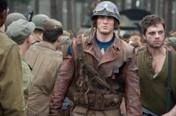 Chris Evans e Sebastian Stan in Captain America - Il primo Vendicatore