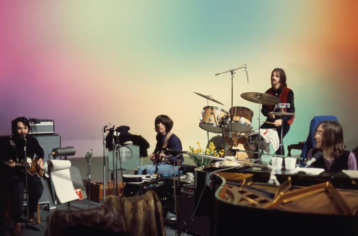 I Beatles durante un'esibizione