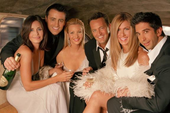 Primo piano del cast di Friends, in veste elegante