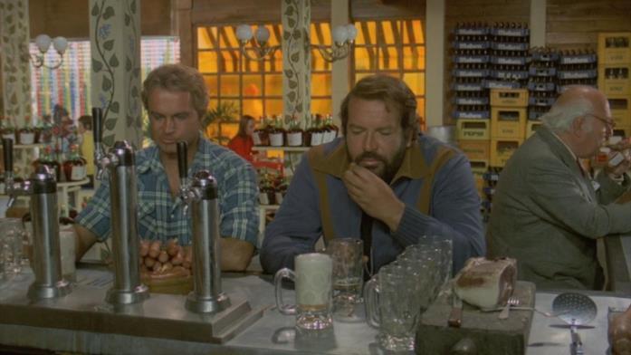 Terence Hill e Bud Spencer in una scena del film ...altrimenti ci arrabbiamo!