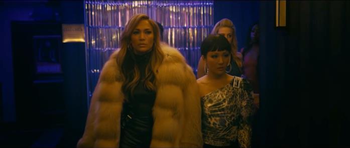 Una scena di Hustlers, film con Jennifer Lopez e Constance Wu