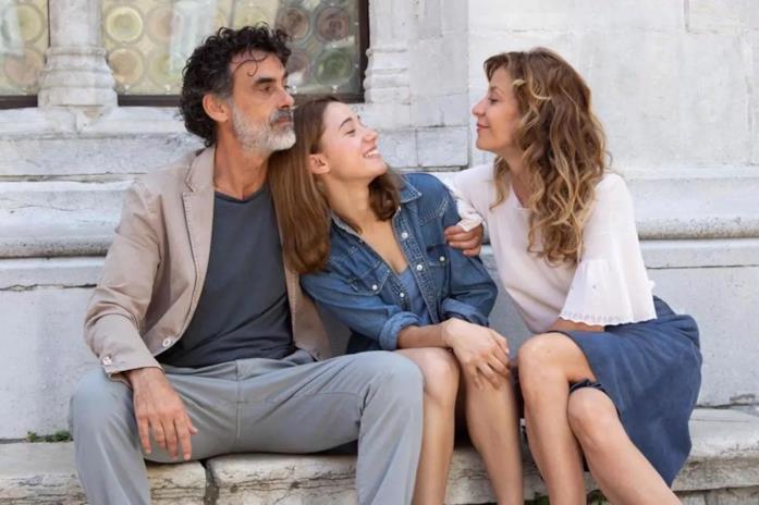 Thomas Trabacchi è Giovanni nella prima stagione