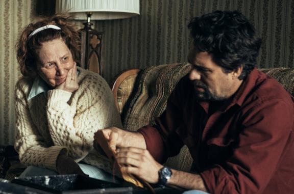 I know this much is true: il libro e il vero incidente hanno ispirato la serie con Mark Ruffalo