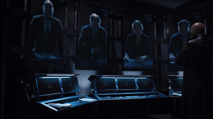 Il consiglio dello S.H.I.E.L.D. a rapporto con Nick Fury