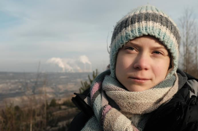 Greta Thunberg  in una scena di un anno per salvare il mondo