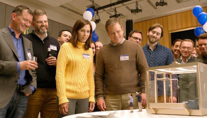Una scena dal film Downsizing con Matt Damon