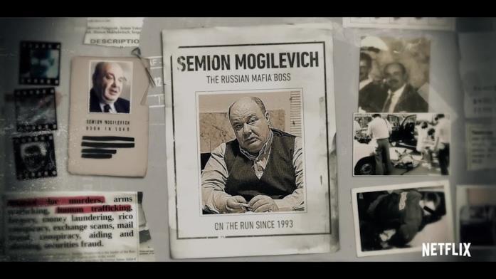Alcune foto di Semion Mogilevich appese in una bacheca