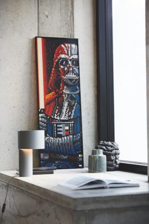 Darth Vader con la spada rossa