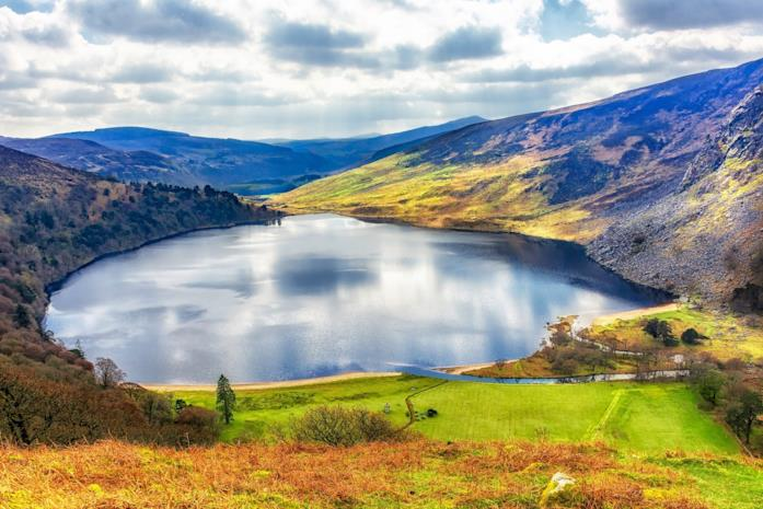 Un'immagine di Lough Tay in Irlanda