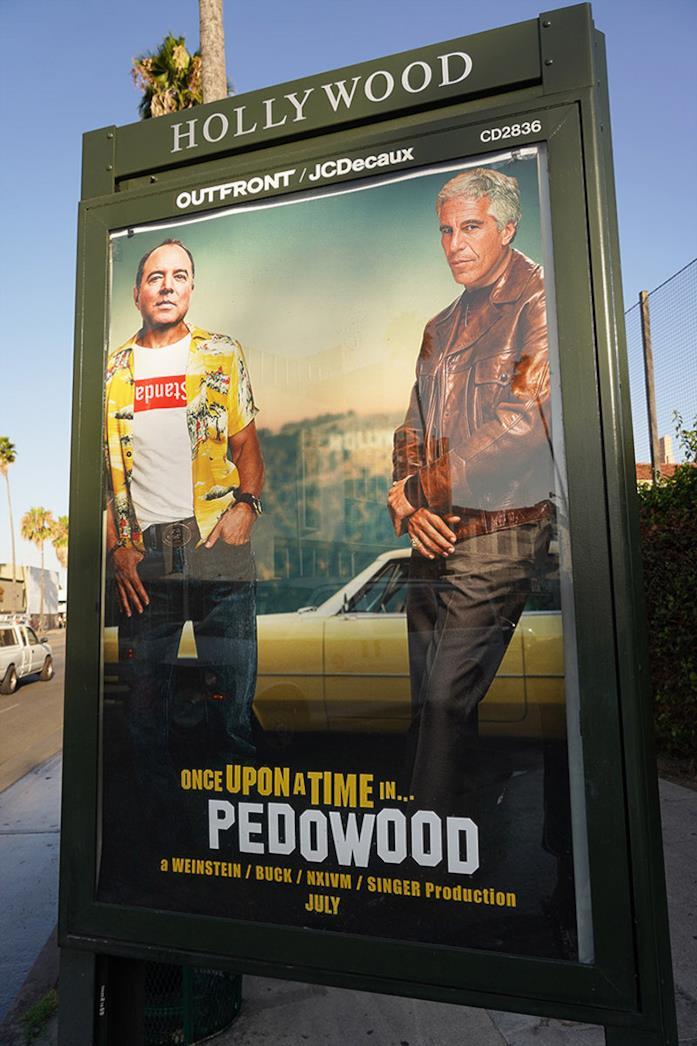 Il poster di C'era una volta a... Hollywood modificato in maniera polemica