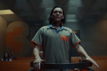 Loki al cospetto dela TVA