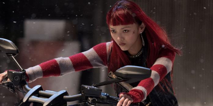 Rila Fukushima in una scena del film
