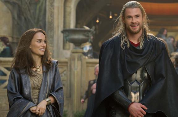 Un'immagine di Thor e Jane Foster