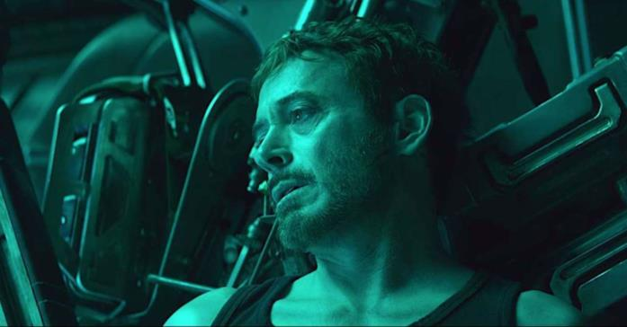 Un primo piano di Robert Downey Jr. come Tony Stark nel trailer di Avengers: Endgame