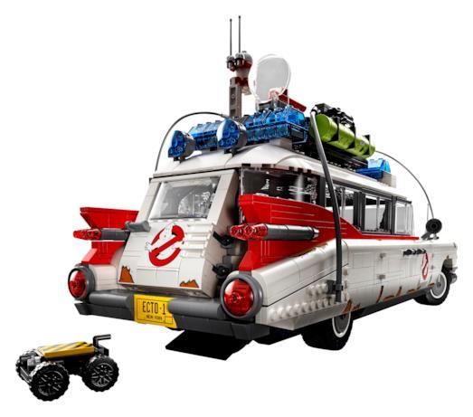 Foto del retro della Ghostbusters Ecto-1 LEGO