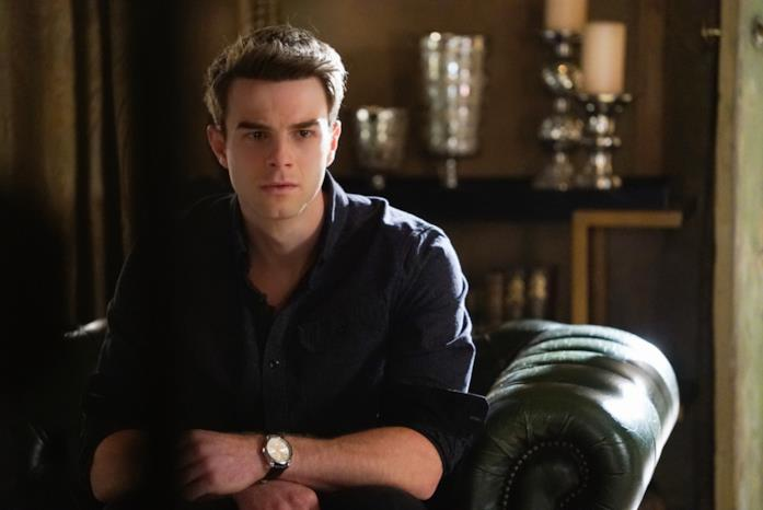 Nathaniel Buzolic è Kol in The Vampire Diaries