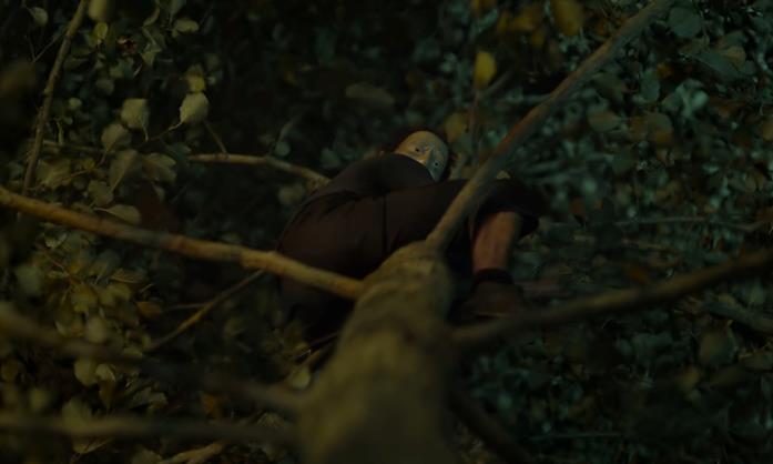Una scena del cortometraggio The Fall di Jonathan Glazer