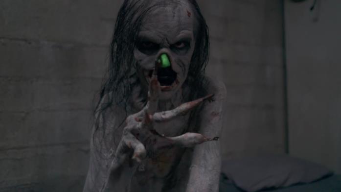 Javier Botet interpreta il demone delle chiavi