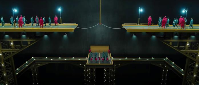 Una scena del Tiro alla fune da Squid Game