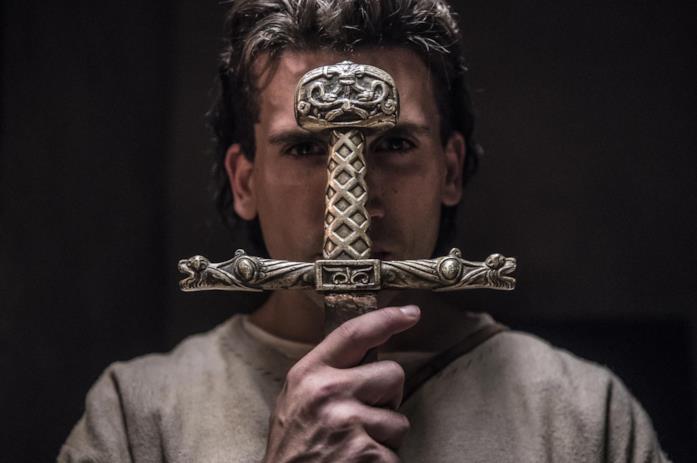 Primo piano di Jaime Lorente