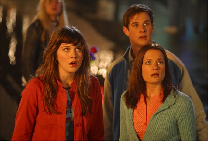Ryan Merriman, Mary Elizabeth Winstead e Gina Holden in Final Destination 3