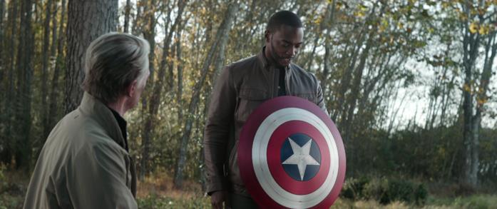 Lo scudo che Steve dona a Sam in Avengers - Endgame
