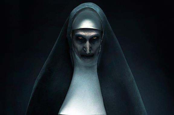 Valak in un'immagine promozionale di The Nun