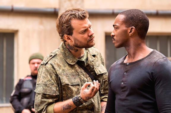 Outside the Wire, Anthony Mackie è un ufficiale militare androide nel trailer del film Netflix