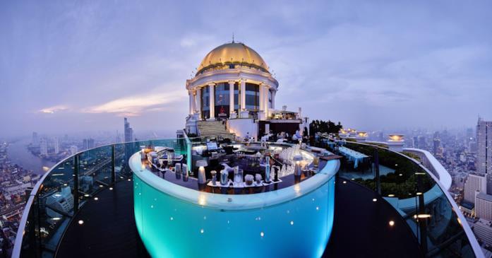 Lo Sky bar del Lebua Hotel in cima alla State Tower