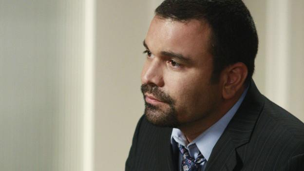 Ricardo Antonio Chavira è Carlos Solis