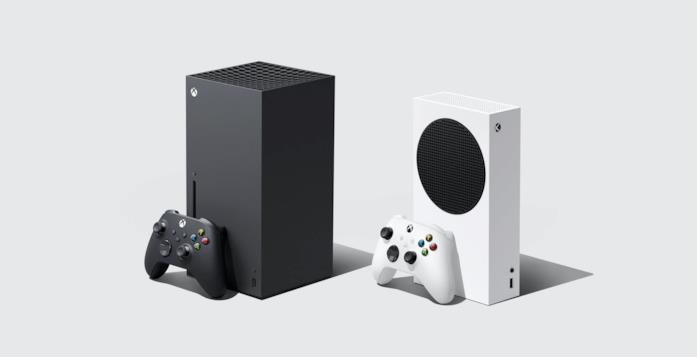 A sinistra Xbox Series X, a destra Xbox Series S