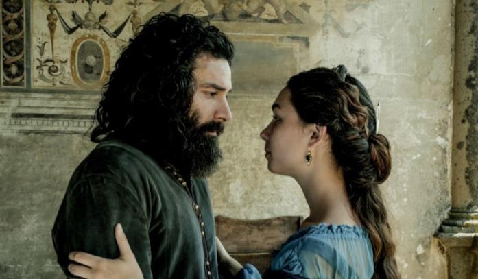 Leonardo e Caterina nella serie