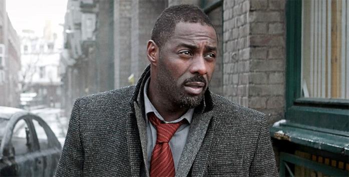 Idris Elba in scena.