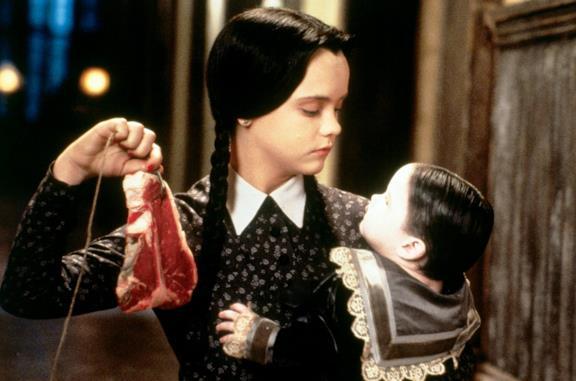 Wednesday: Tim Burton dirigerà una serie live-action su Mercoledì Addams per Netflix