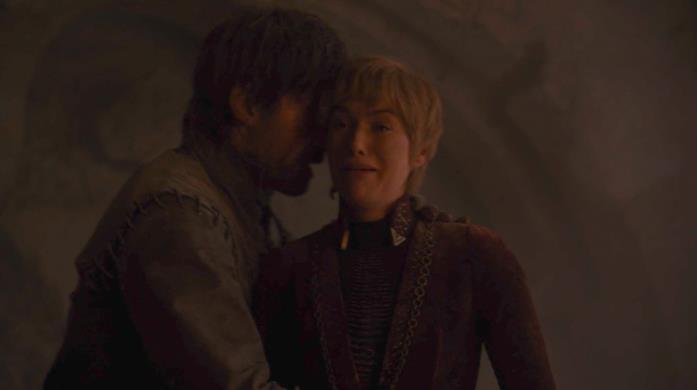 Nikolaj Coster-Waldau e Lena Headey nella scena di morte di Jaime e Cersei Lannister