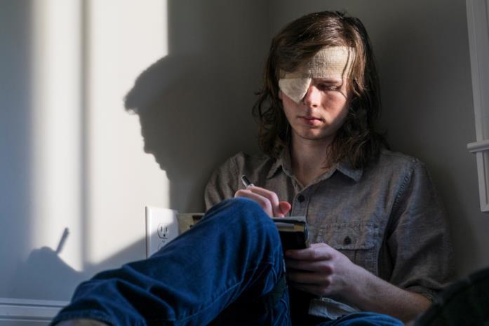 Carl e Rick in una scena da The Walking Dead