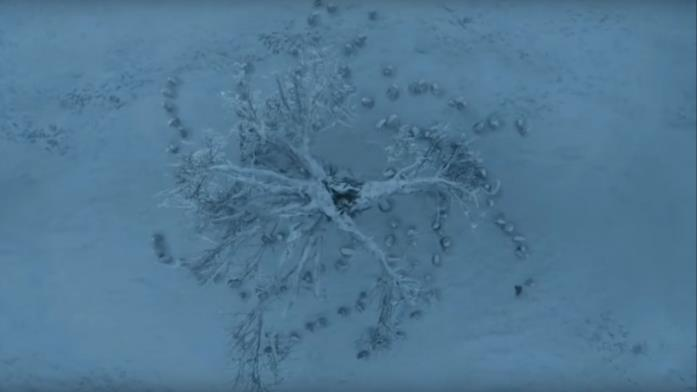 GoT 6: l'albero diga del Re della Notte nella neve