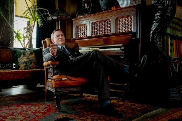 Daniel Craig nei panni del detective Blanc