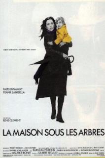 Poster Unico indizio: una sciarpa gialla