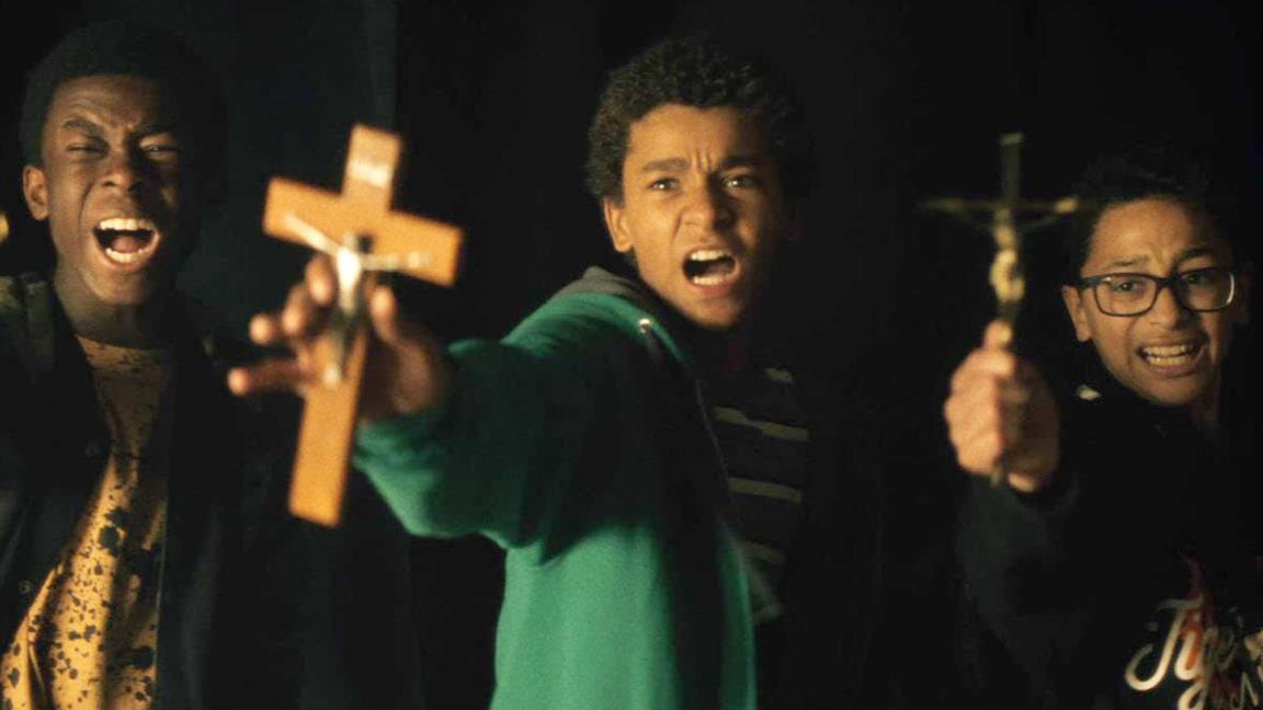 Primo piano del cast di Vampires vs. the Bronx in una scena