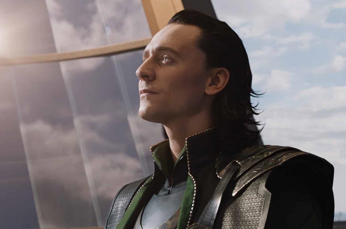L'attore Tom Hiddleston è Loki nel MCU
