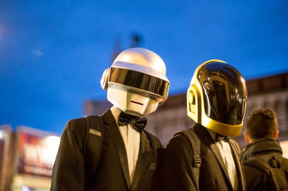 Due cosplayer dei Daft Punk a Lucca Comics & Games