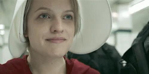 Un'immagine animata di The Handmaid's Tale